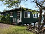 Molokai Oceanfront Cottage